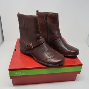 NEW Womens Strictly Comfort Ankle Booties 8
